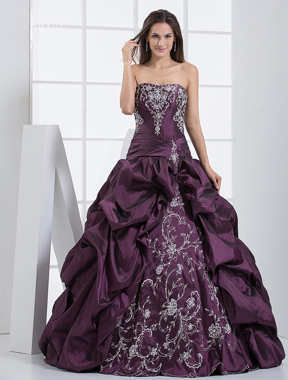 Elegant Grape Floor-Length Taffeta Embroidered Quinceanera Dress