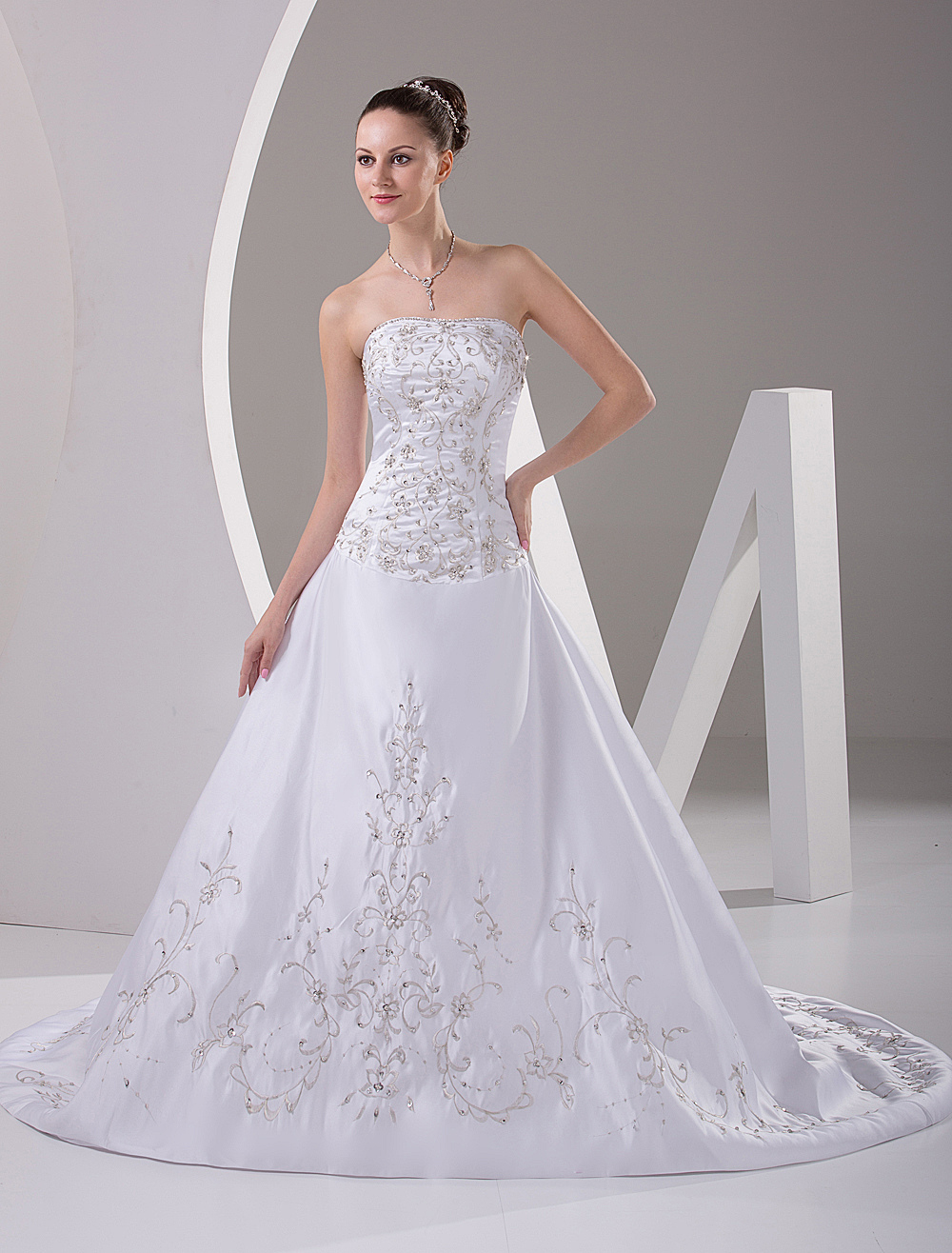 Nice White Strapless A-line Embroidery Sweep Satin Wedding Gown