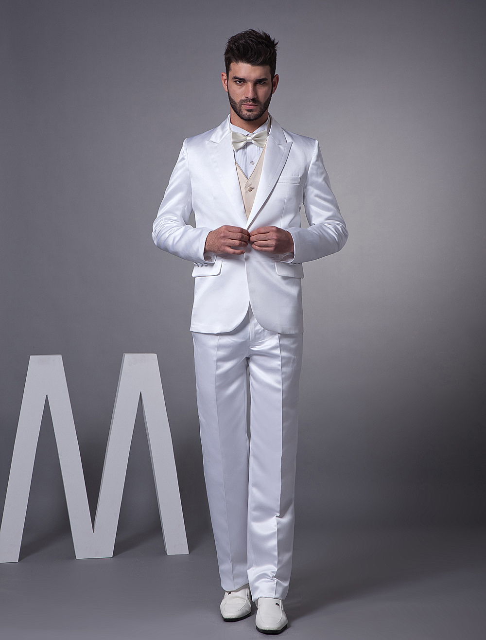 Buy Best White Single Breasted Button Lapel Worsted Groom Wedding Tuxedo for $151.19 in Milanoo store