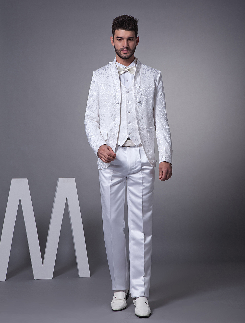 White Single Breasted Worsted Groom Suit