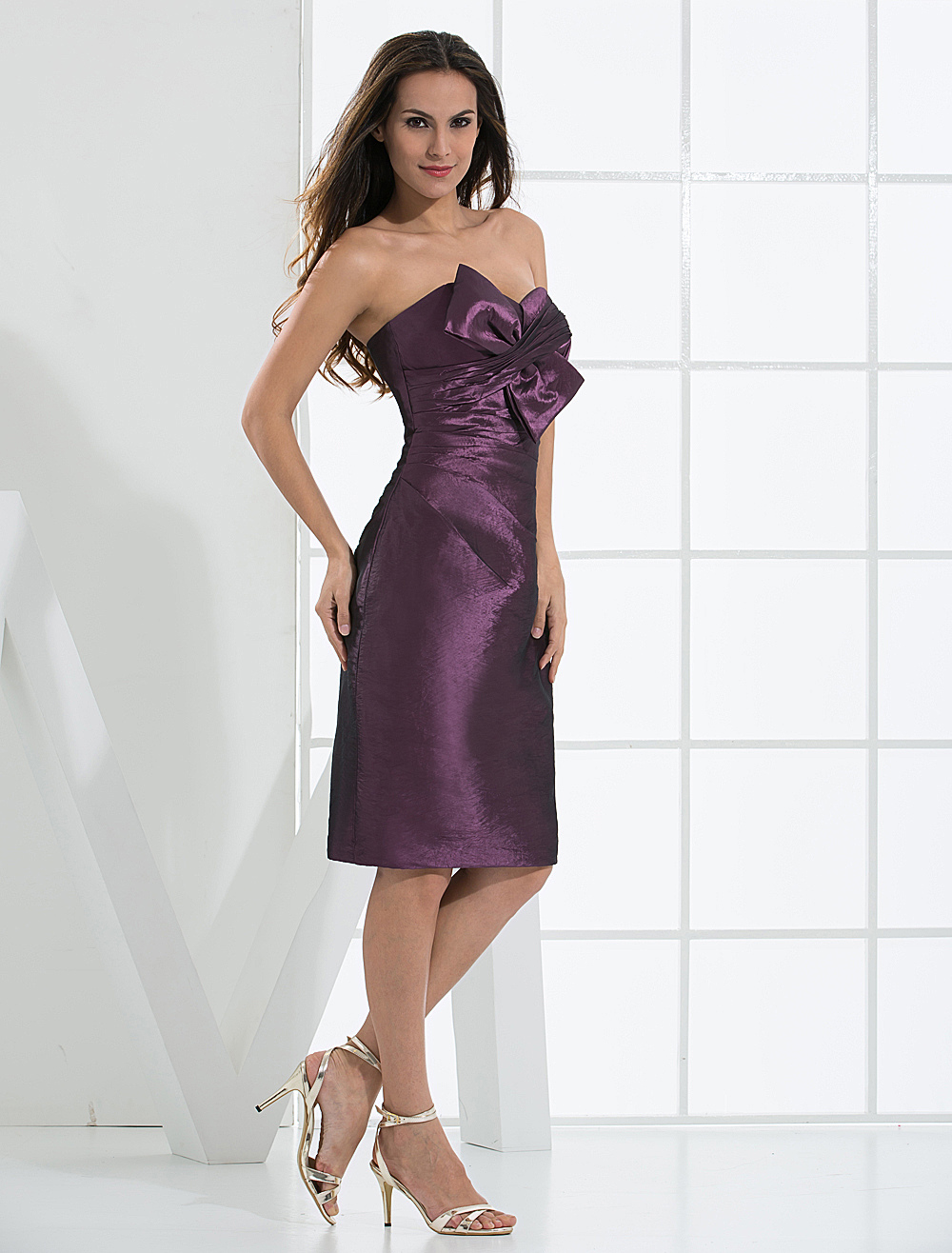 Buy Knee Length Strapless Satin Taffeta Summer Prom Homecoming Dress for $82.64 in Milanoo store
