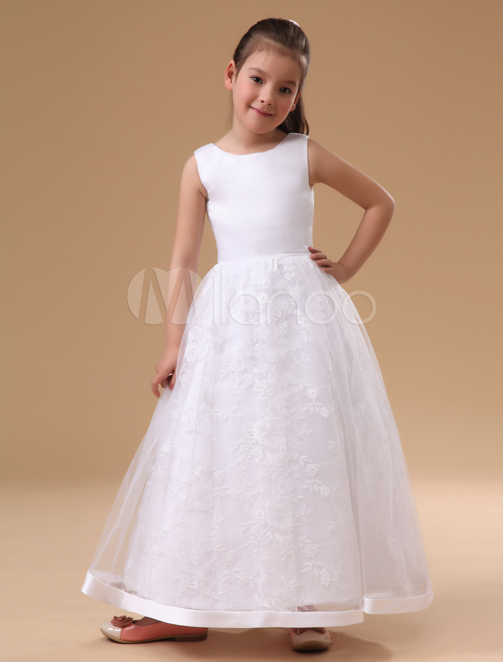 Charming White Sleeveless Satin Flower Girl Dress