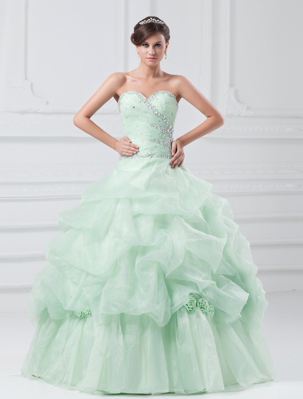 Organza Prom Dress Pastel Green Sweetheart Ball Gown Quinceanera