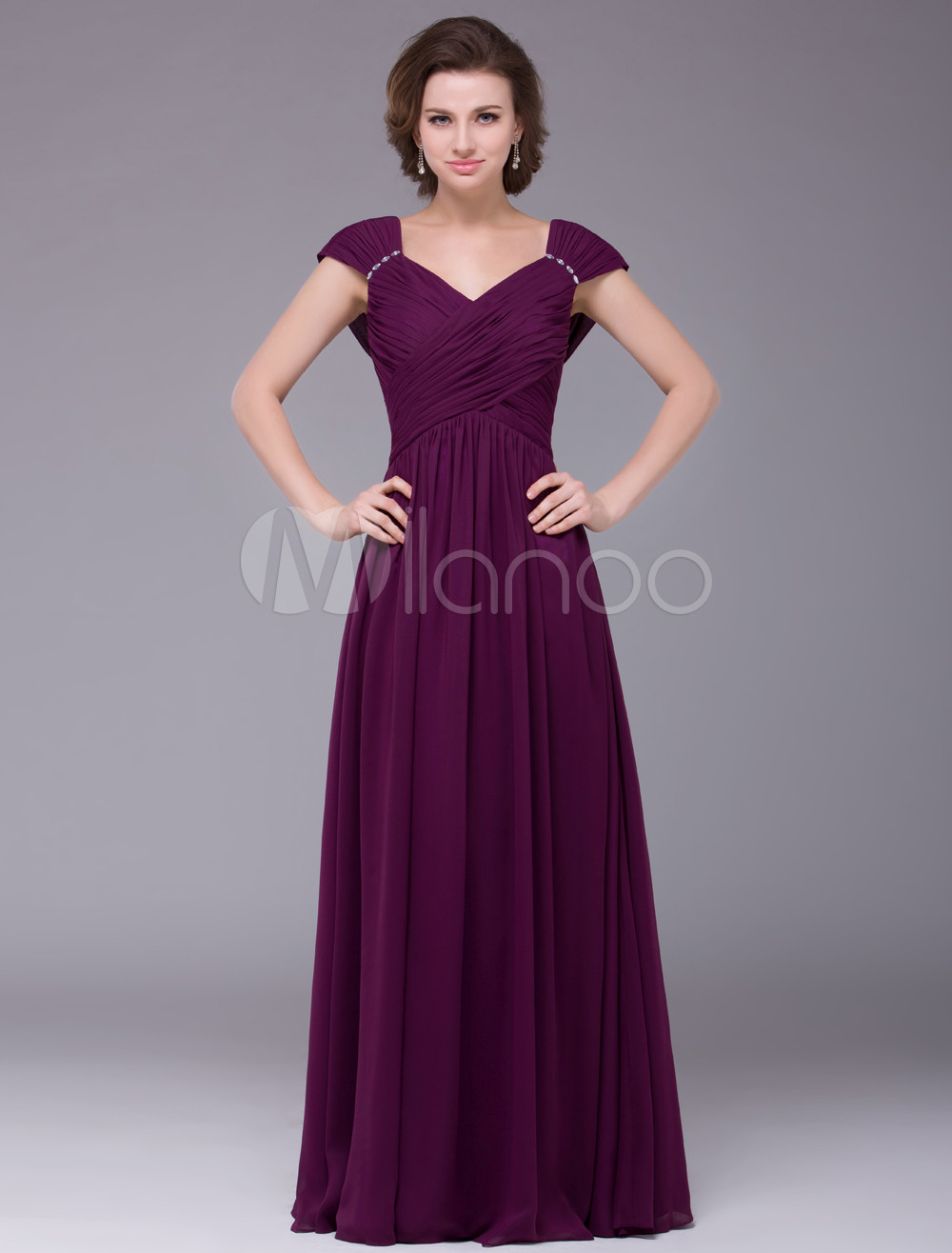 Grape A-line Chiffon Mother of the Bride Dress with Sweetheart Neck Off-The-Shoulder Short Sleeves