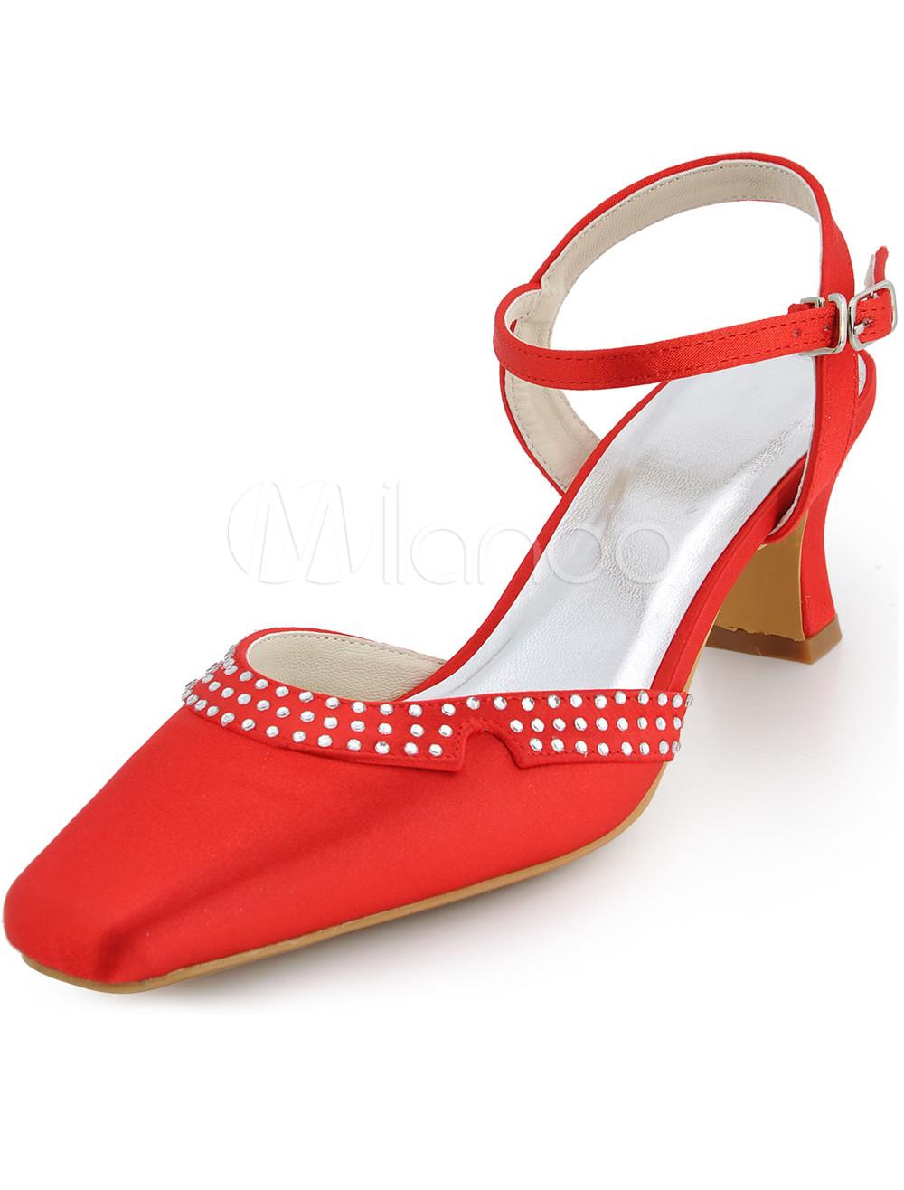 Vintage White Satin Low Heel Wedding Shoes