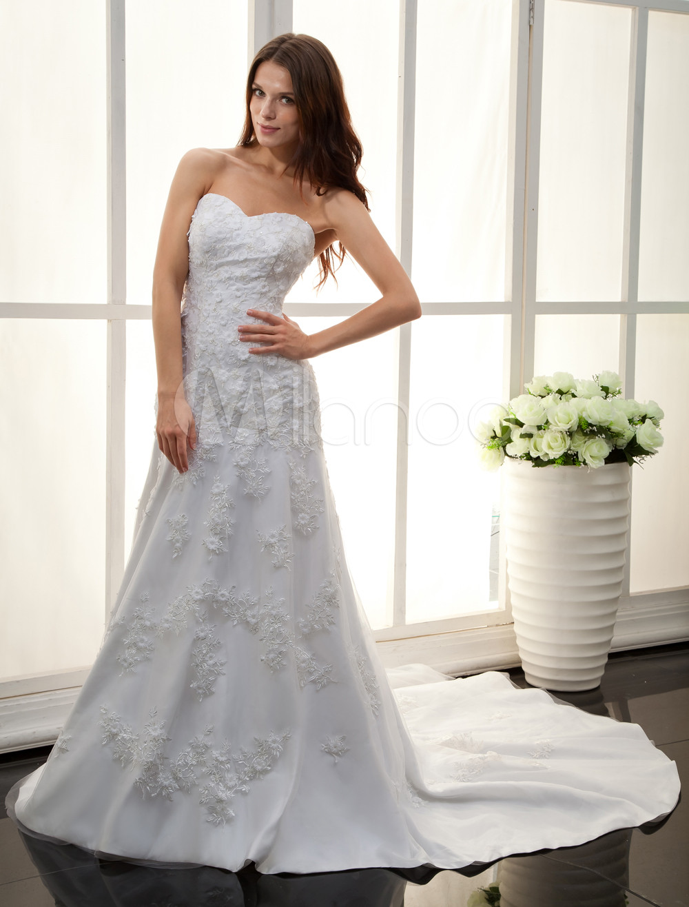 White Sweetheart Lace Applique Bridal Wedding Dress