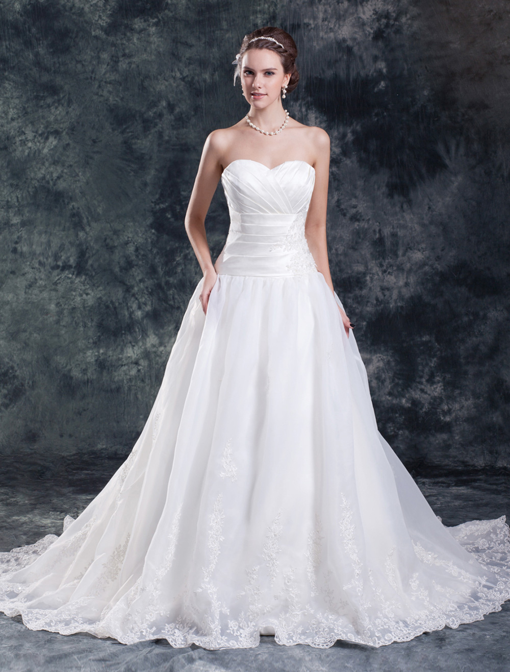Chic A-line Sweetheart Neck Ruched Satin Ivory Bridal Wedding Dress