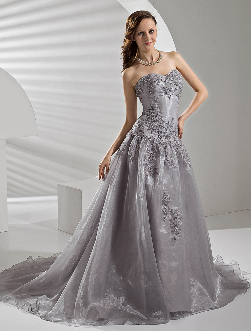 Court train silver organza wedding dress with a line for Blue silver wedding dress