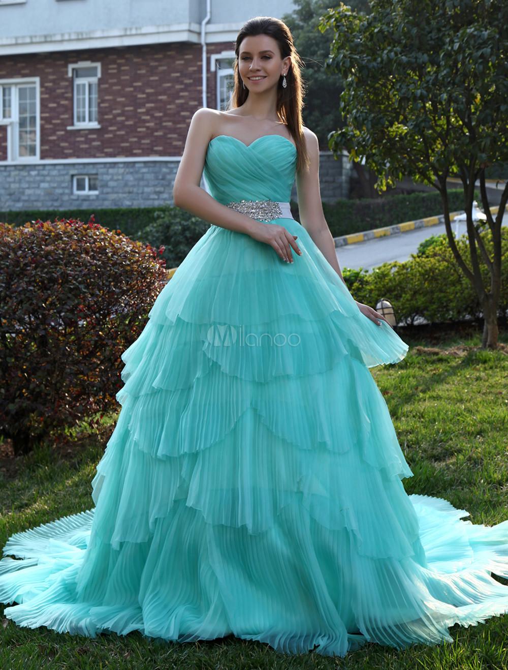 Sweetheart Neck Tiered Organza Wedding Dress Milanoo