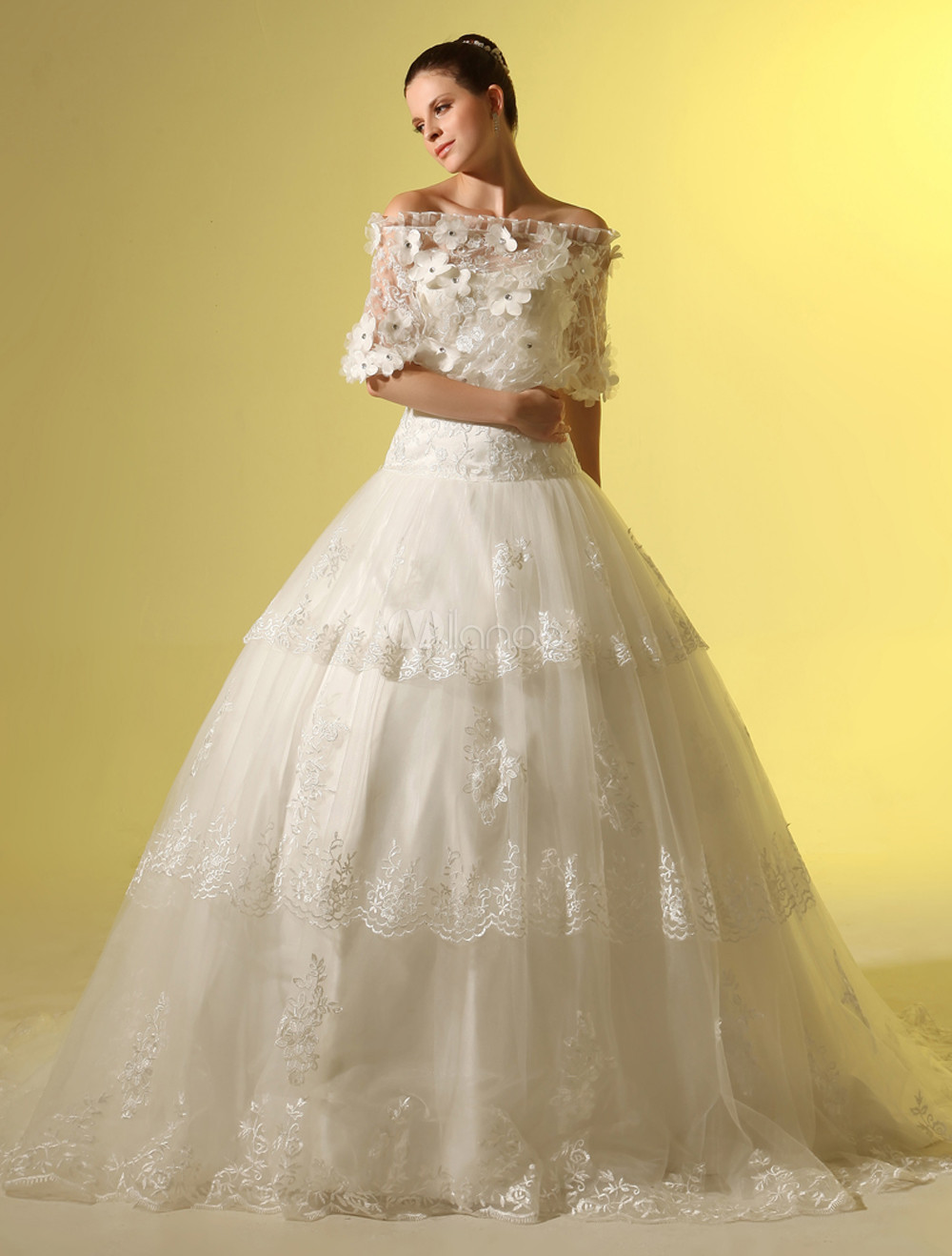 A-line Bateau Neck Flower Lace Chapel Train Ivory Wedding Dress Milanoo