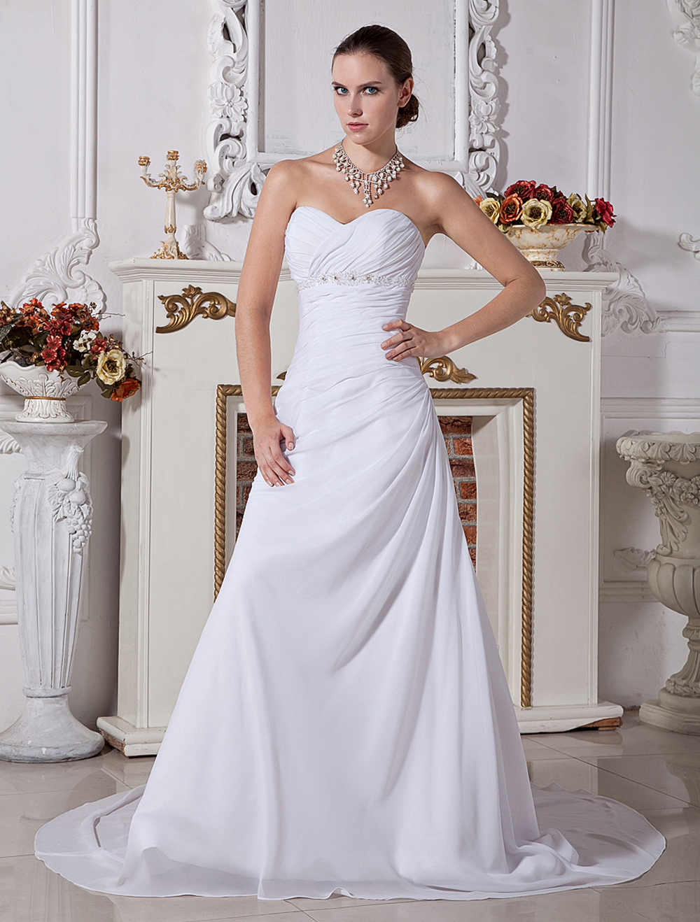 Elegant Strapless Sweetheart Satin Chiffon Wedding Dress
