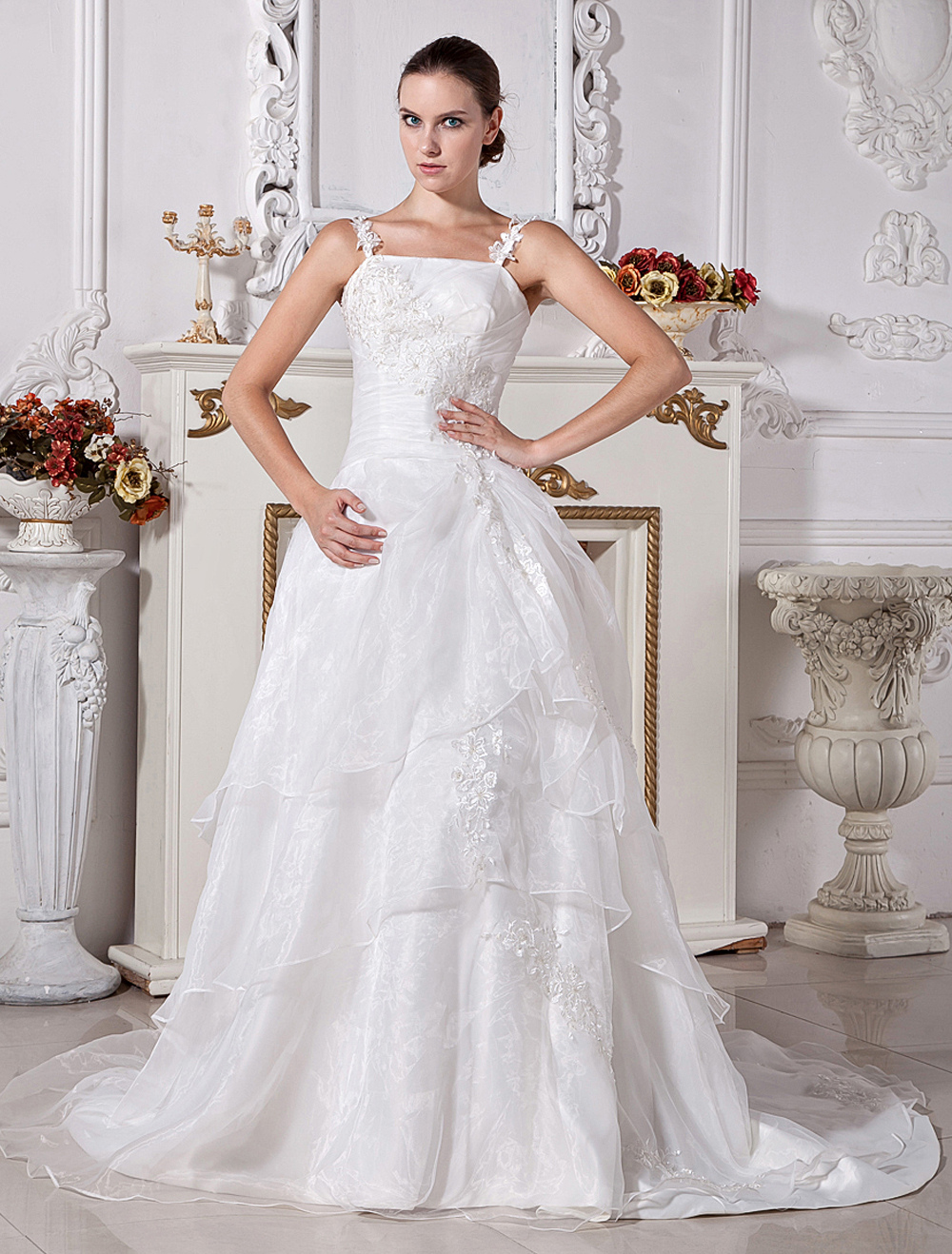 White Wedding Dresses Lace Applique Straps Bridal Dress Beading Organza Tiered Court Train Wedding Gown