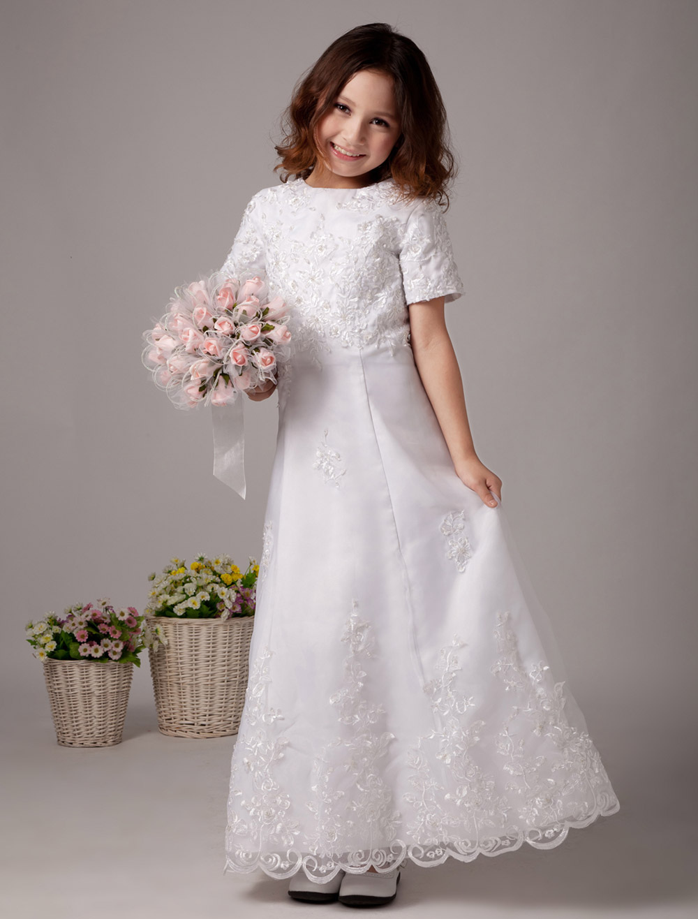 White Flower Girl Dresses Short Sleeve Lace Applique First Communion Dress