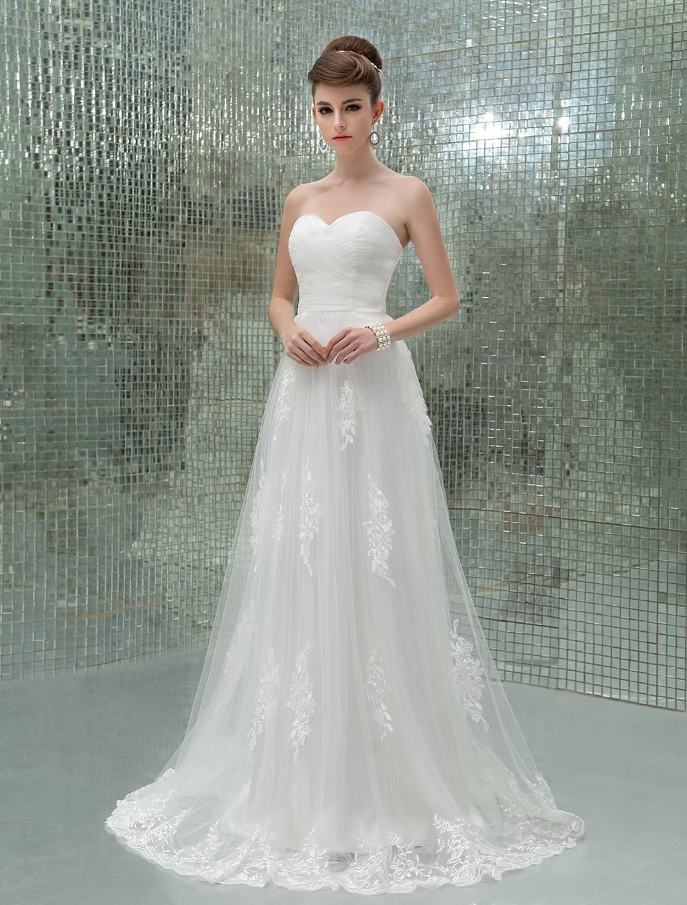 Floor-Length Ivory Strapless Applique Wedding Dress