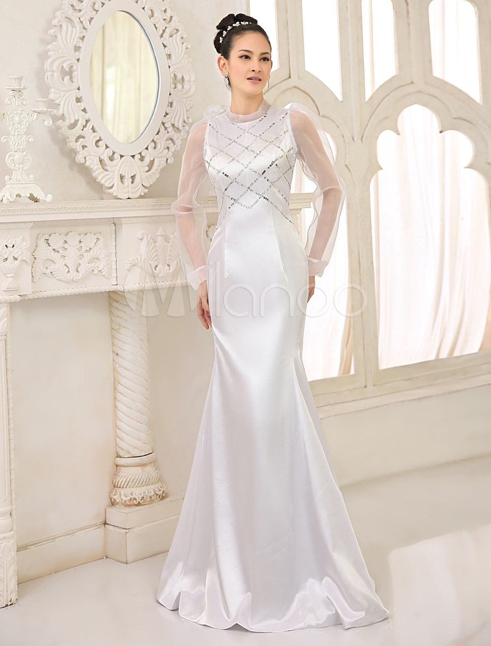 White Satin Sleeveless Ladies Evening Dress