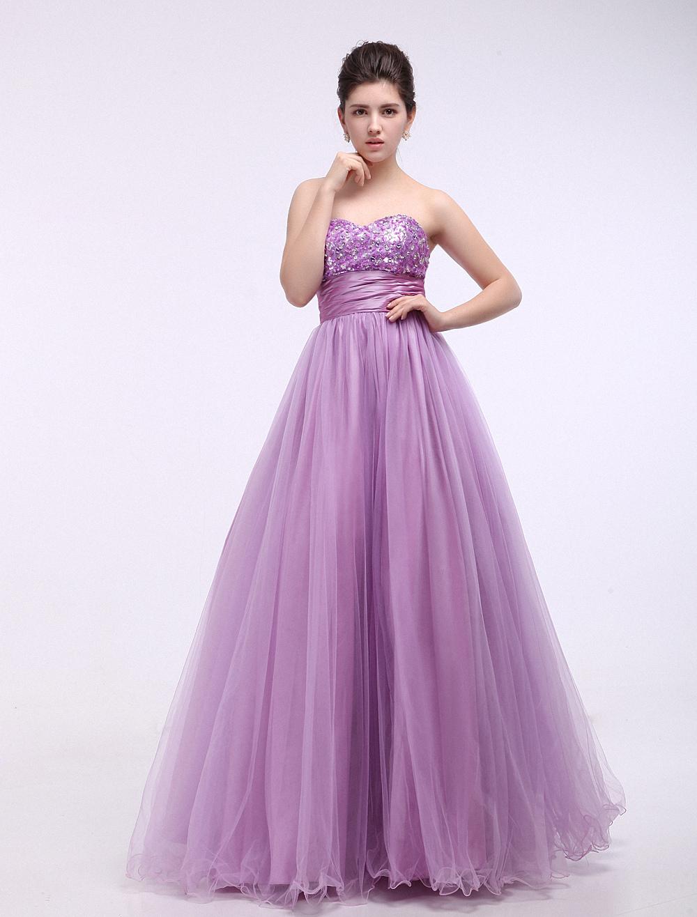 7d9faaaa01 Vestidos de fiesta de Prom de color lila con escote de corazón de ...