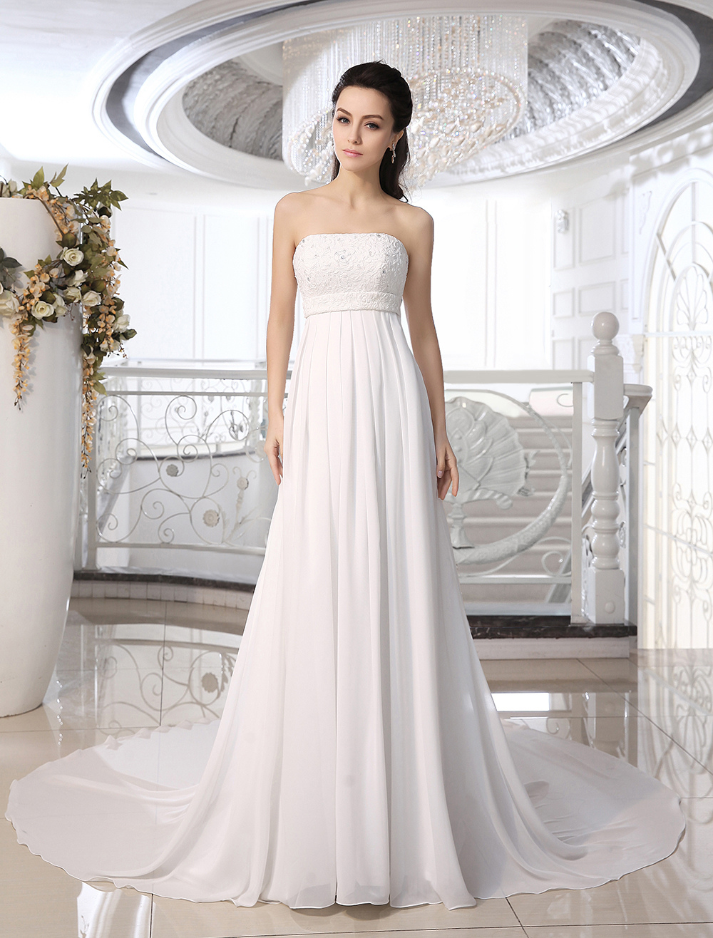 Ivory Strapless Wedding Dress With Beaded Applique