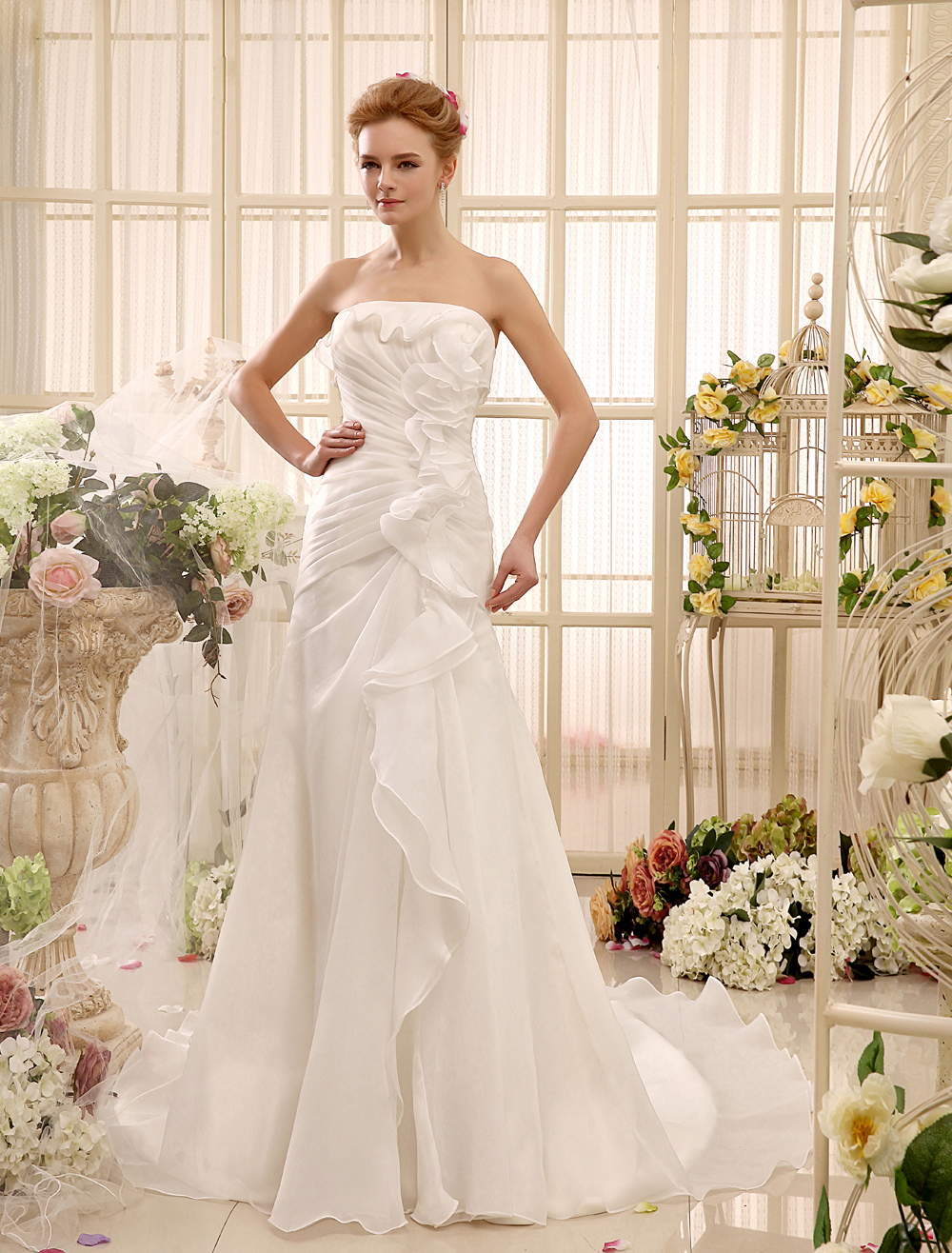 Ruched Chapel Train Ivory Brides Wedding Dress With Sheath Strapless Neck Milanoo