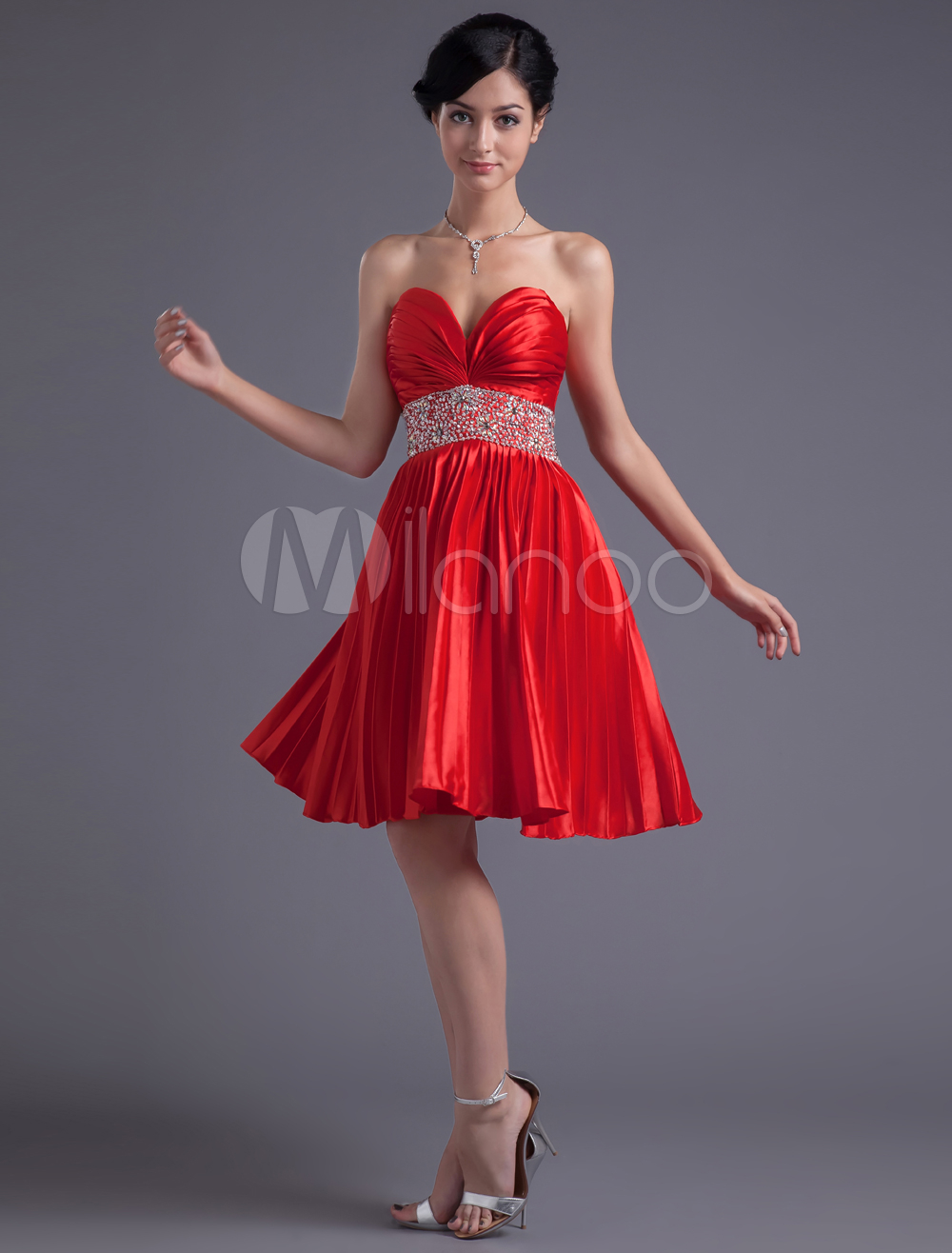 A-line Sweetheart Neck Rhinestone Red Knee-Length Homecoming Dress