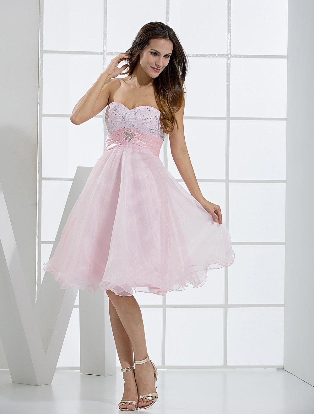 Knee-Length Homecoming Dress With Beaded Sweetheart Neck