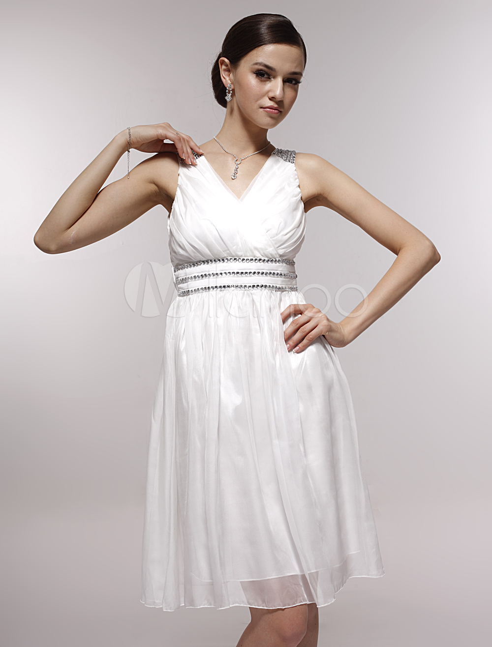 94885e6c36e Pretty White Satin Gauze V-neck Knee-length Graduation Dress-No.1 ...