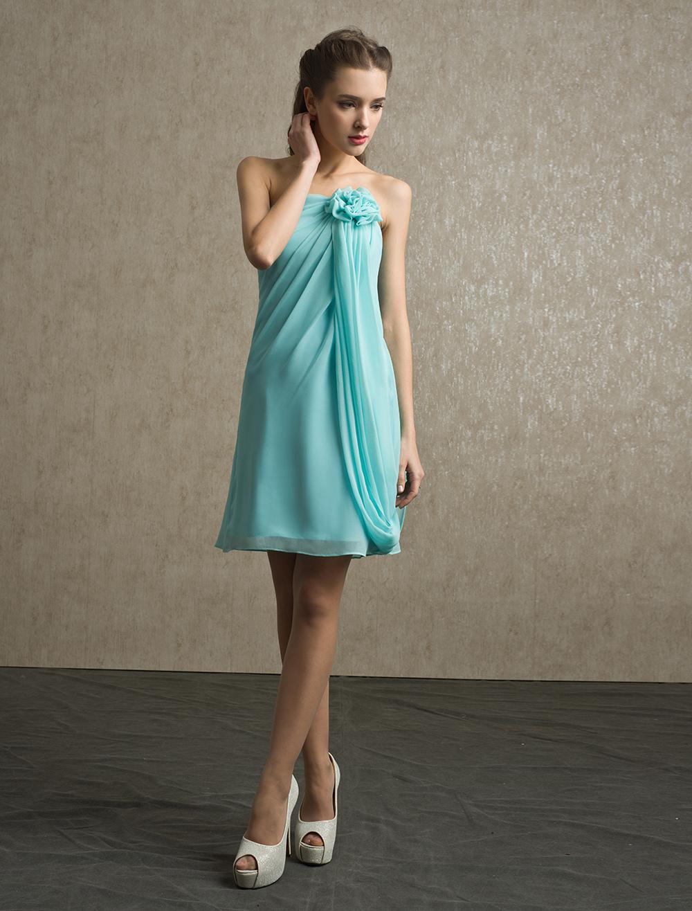 Flower Chiffon A-line Strapless Bridesmaid Dress with Elegant Knee-Length Skirt