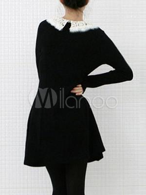 klassisches kleid mit bubikragen in schwarz. Black Bedroom Furniture Sets. Home Design Ideas