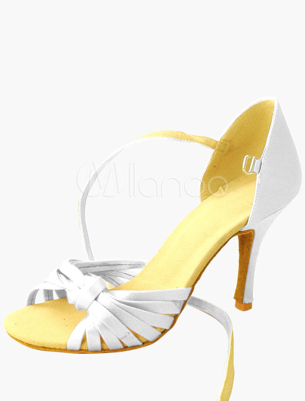 Zapatos Peep toe de seda sintética de color blanco con bordado XaJAOALip