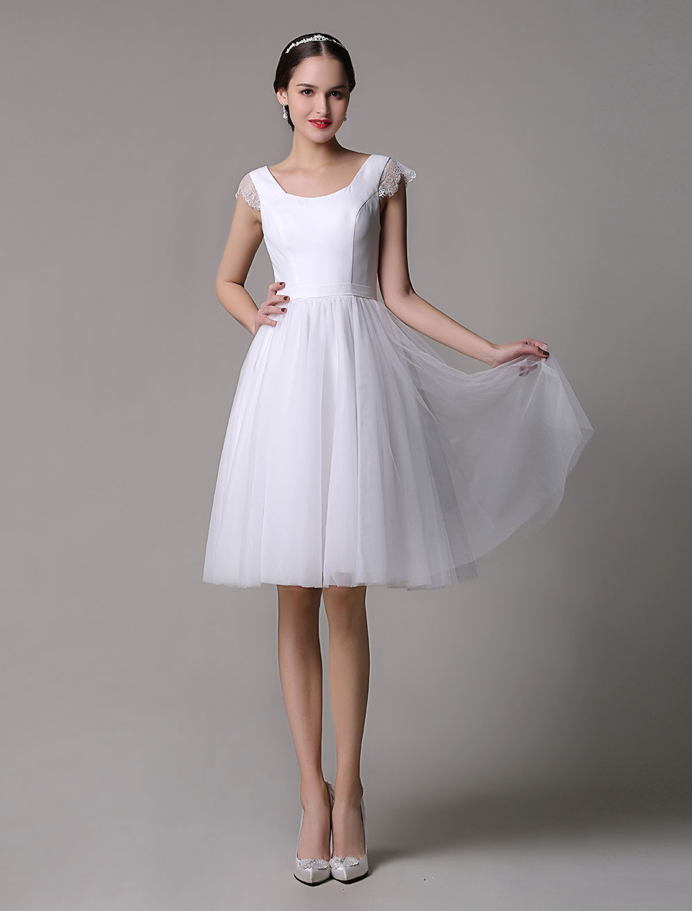 Tulle Knee Length Scoop Neck Short Wedding Dress With Lace Cap Sleeves Milanoo