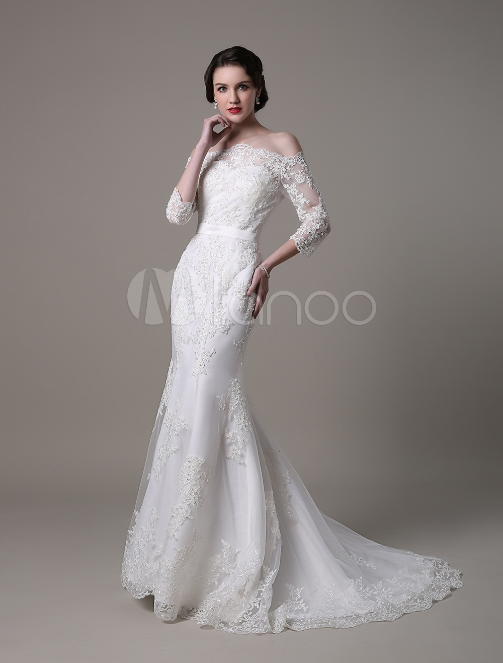 Vintage Lace Mermaid Wedding Dress With Off-the-Shoulder Neckline And Court Train Milanoo