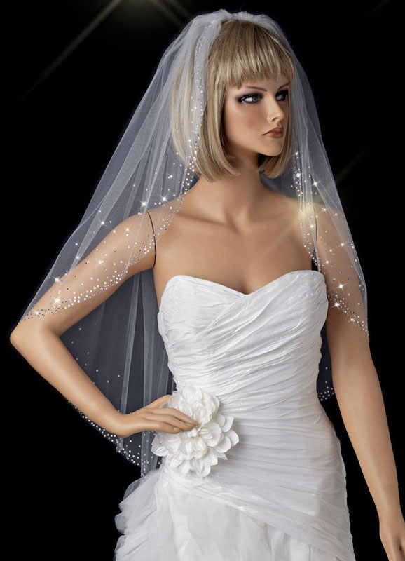 Rhinestone Wedding Veils Waterfall One-Tiered Beaded Edge Bridal Veils With Comb (140*85cm)