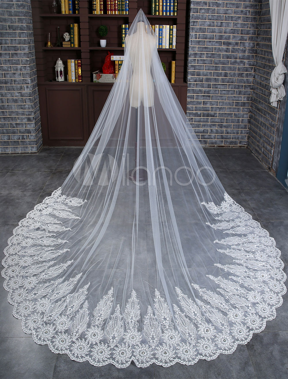Cathedral Wedding Veil Lace Applique Rhinestones Tulle 1-Tier 400cm Bridal Veil With Comb