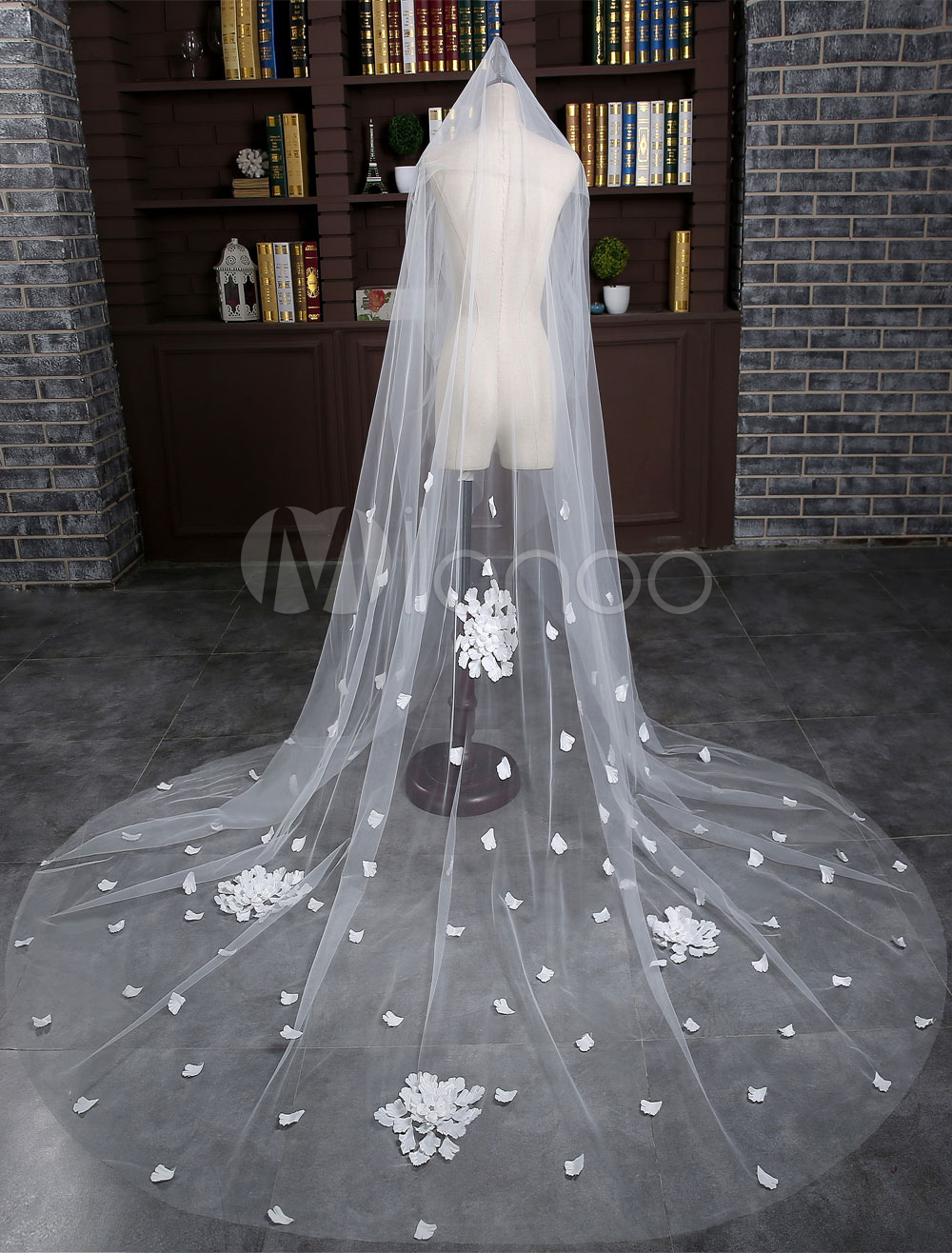 Buy Cathedral Wedding Veil Tulle 2-Tier Flowers Waterfall Cut Edge Long Bridal Veil With Comb for $31.49 in Milanoo store