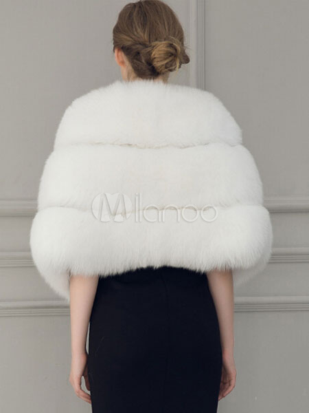 Milanoo / Faux Fur Cape Coat Women's White V-neck Half-Sleeve Winter Coat