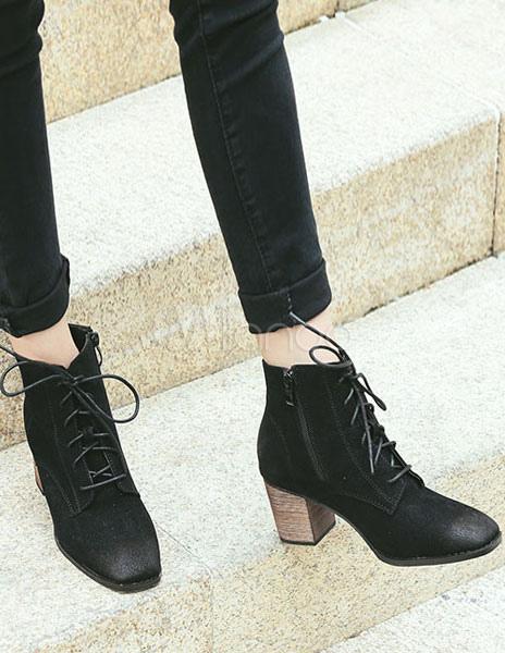 bed6e7dd0 Bottine femme à bout carré et talons épais en faux cuir conception antique  avec lacets Boots
