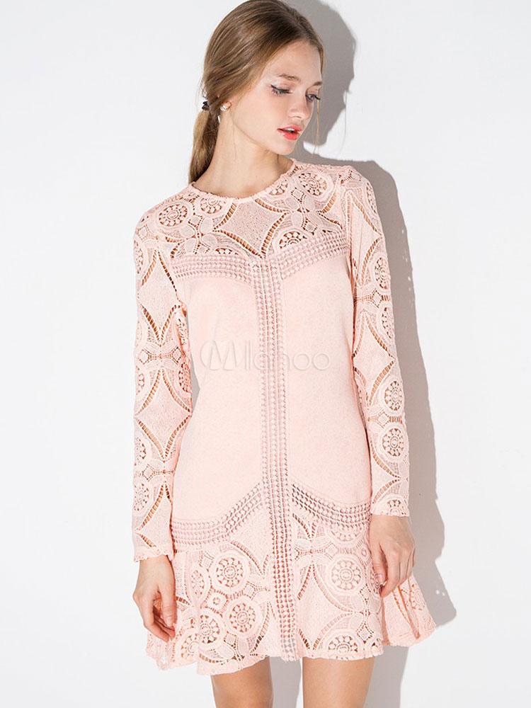 1013fc865e0 Розовые кружева платье с длинным рукавом женщин вязание крючком цветок  вырезать вне вокруг шеи Flare платье ...