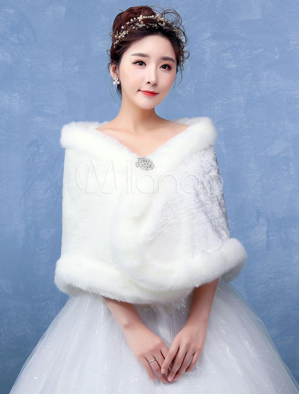Ivory Wedding Wrap Faux Fur Crystal Clasp Sleeveless Wedding Shawl