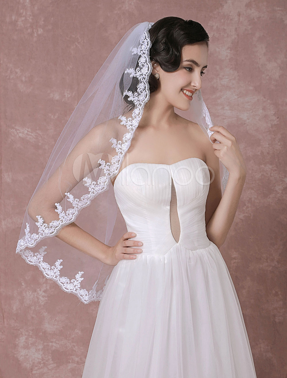 Buy Tulle Wedding Veil White One-Tier Lace Applique Edge Bridal Veil for $20.89 in Milanoo store