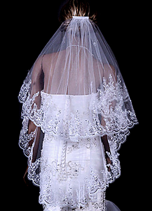 Two-Tier Wedding Veil Tulle Lace Trim Applique Bridal Veil With Comb