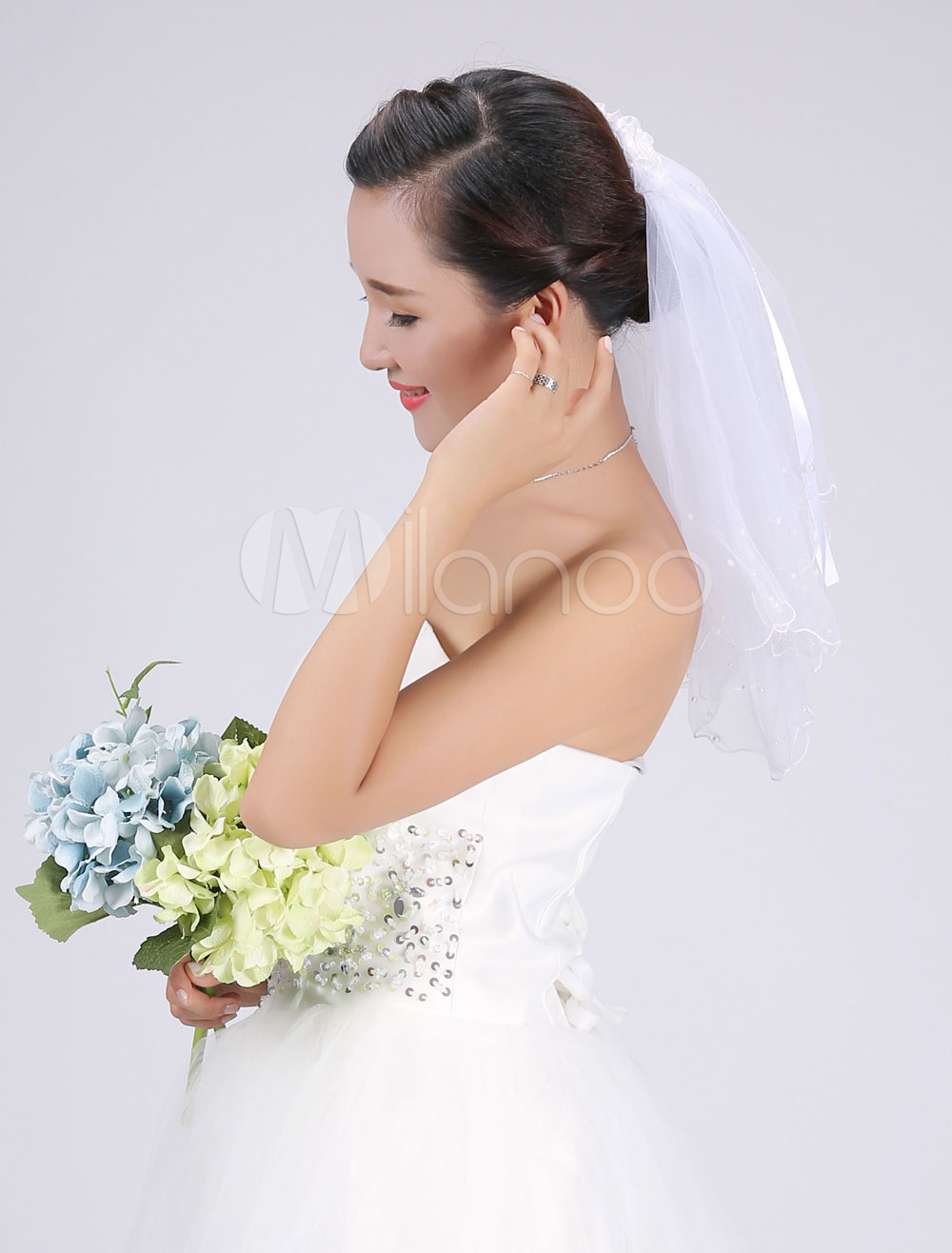 White Wedding Veil Tulle Two-Tier Lace Bowed Beaded Edge Beach Bridal Veil