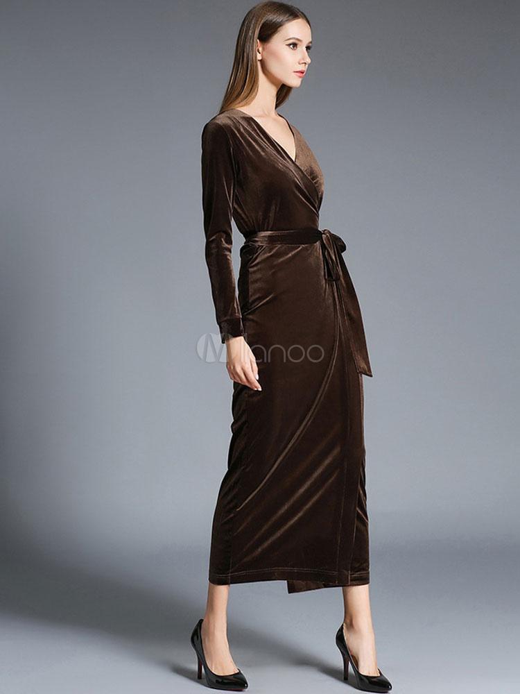 robe longue en velours de soie unicolore moulant avec. Black Bedroom Furniture Sets. Home Design Ideas