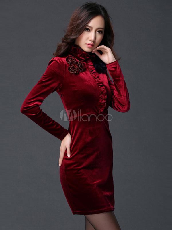 a25edb69eb56 ... Vestito aderente velluto per donna con maniche lunghe colletto alla  coreana pieghettature decorazione di rosa ...