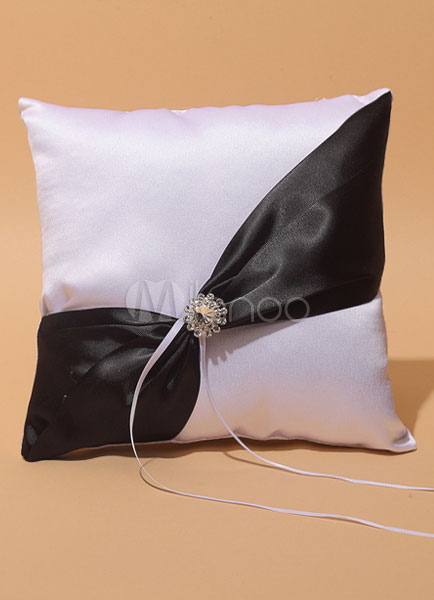 Cuscino Portafedi Bianco E Blu.Portafedi Raso Anello Nuziale Cuscino Fascia Obliqua Con Bordino Nero Bianco