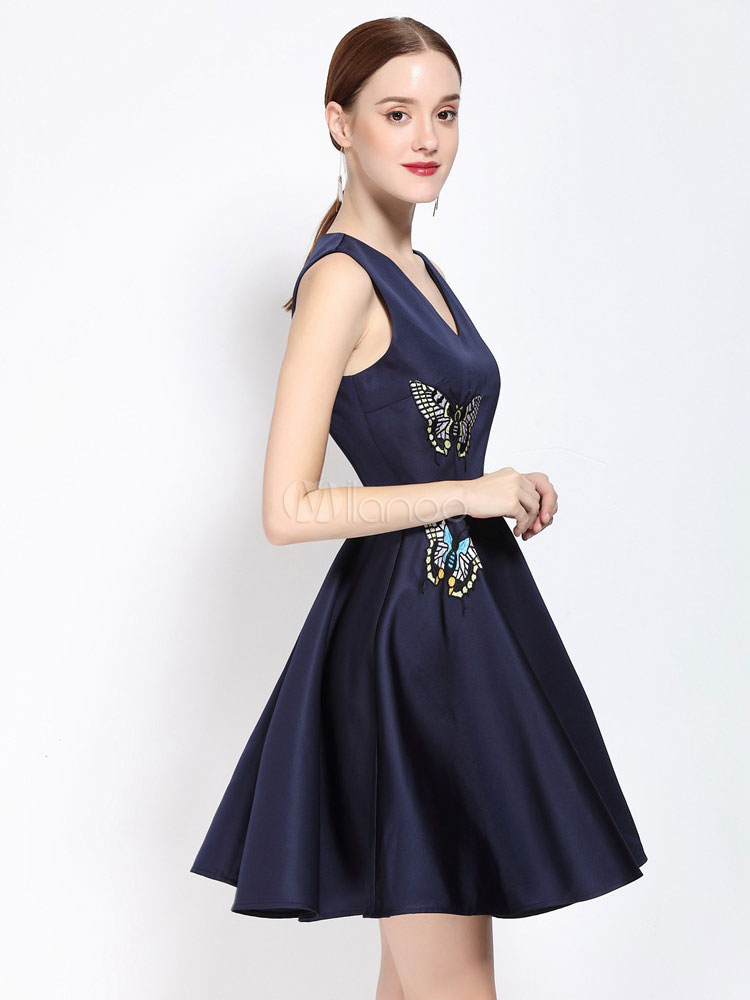 Milanoo / Pleated Skater Dress Women's V Neck Sleeveless Flowers Embroidered Fit And Flare Dress