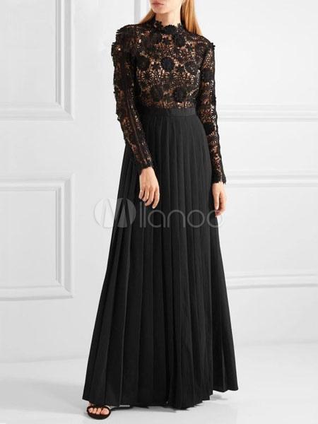 Vestido negro con encaje manga larga