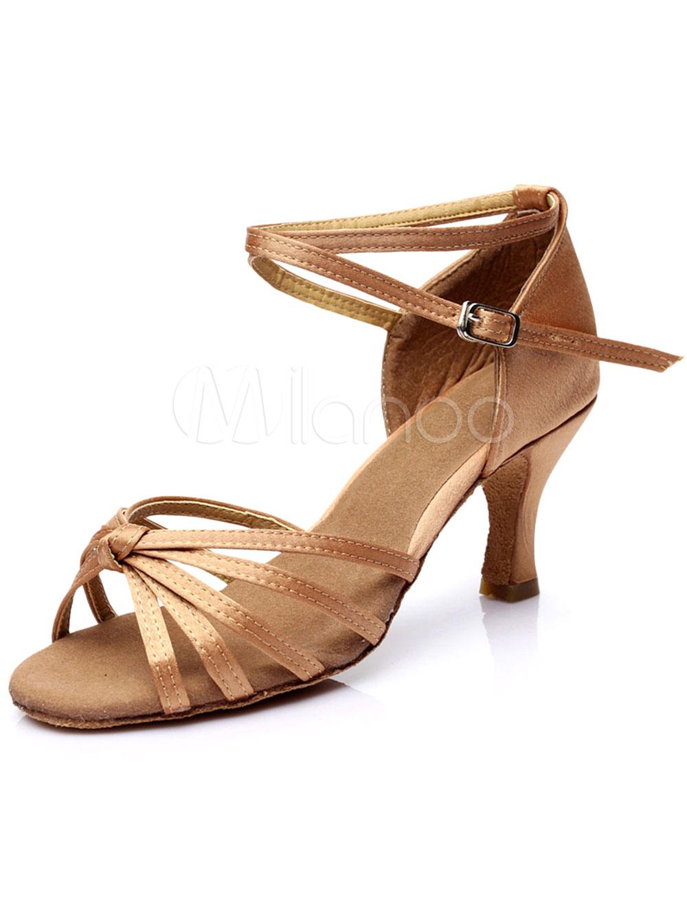Zapatos de salón de satén color marrón oscuro para las mujeres TRywI7g9D
