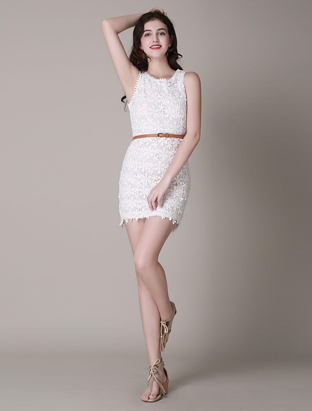 brand new 12ec2 81e3b Vestito bianco corto di pizzo senza maniche stile falso due pezzi