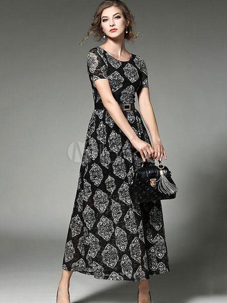 Robe maxi femme ronde