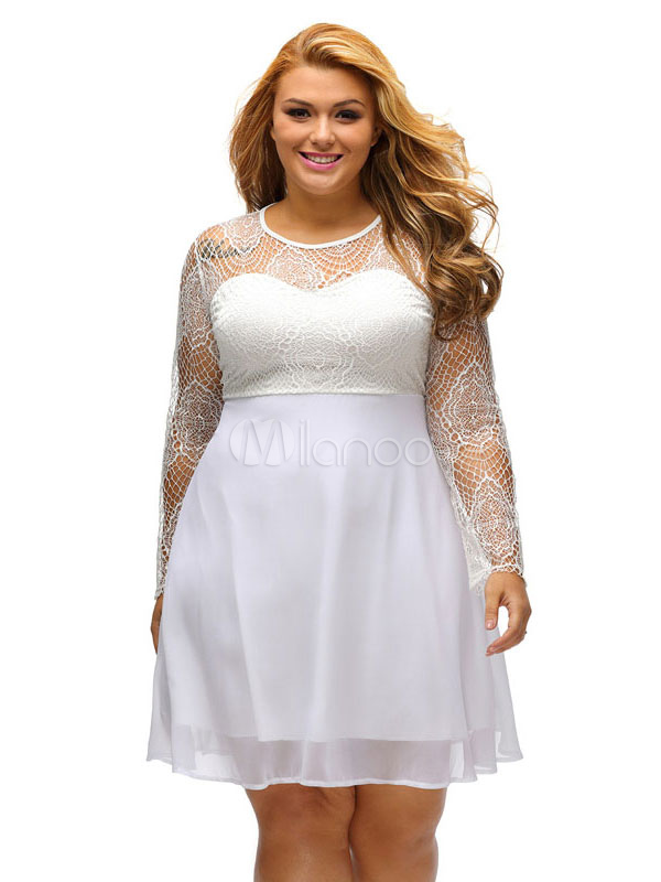 Robe patineuse blanche manche longue