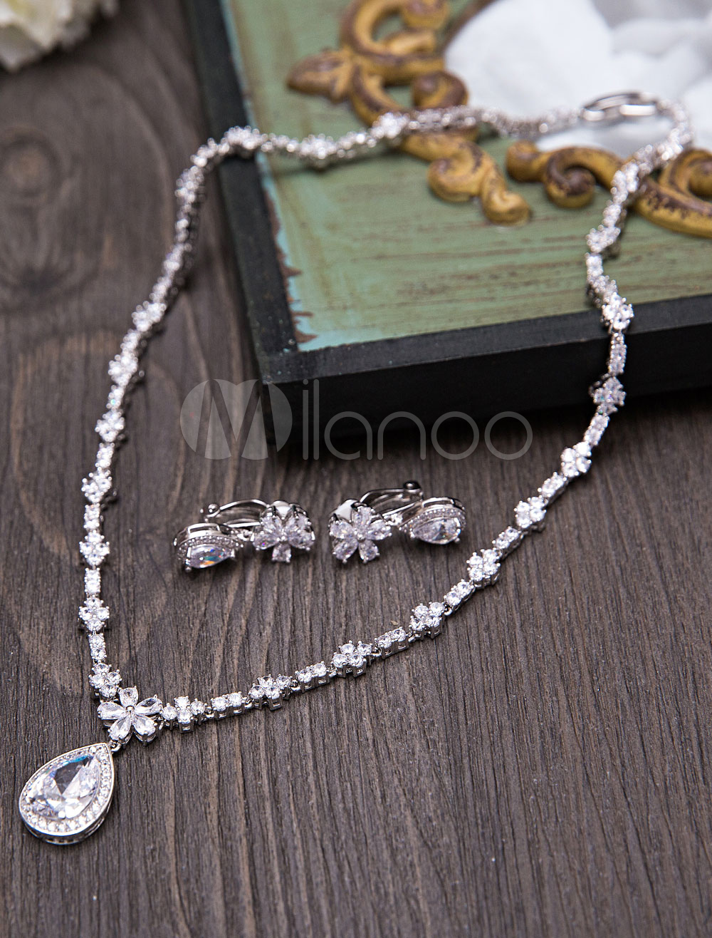 Buy Wedding Jewelry Set Silver Beaded Bridal Pendant Necklace With Drop Earrings for $55.79 in Milanoo store